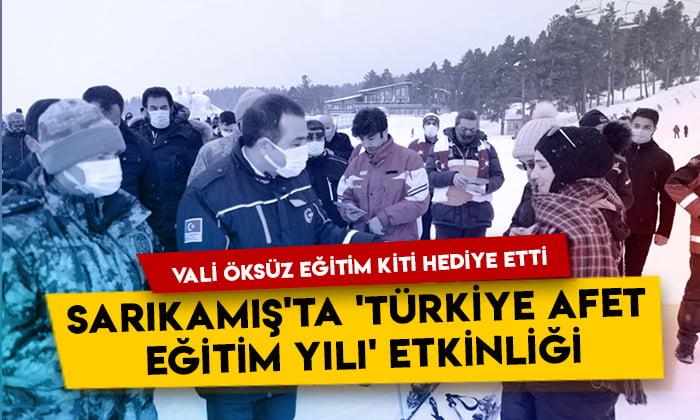 Sarıkamış'ta 'Türkiye Afet Eğitim Yılı' etkinliği: Vali Türker Öksüz vatandaşlara eğitim kiti hediye etti